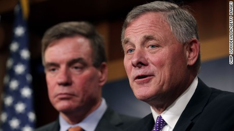 WASHINGTON, DC - OCTOBER 04:  Senate Intelligence Committee Chairman Richard Burr (R-NC) (R) and committee Vice Chair Mark Warner (D-VA) hold a news conference on the status of the committee's inquiry into Russian interference in the 2016 presidential election at the U.S. Capitol October 4, 2017 in Washington, DC. (Chip Somodevilla/Getty Images)