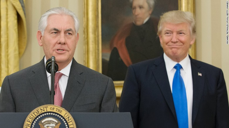 White House considering replacing Tillerson with Pompeo