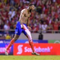 kendall waston celebrates world cup qualification costa rica