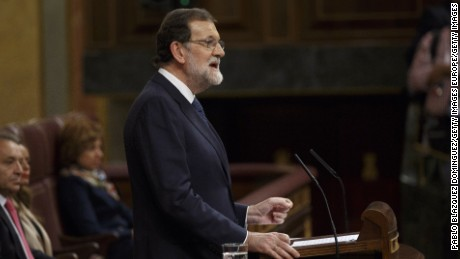 Spanish Prime Minister Mariano Rajoy speaks at the Spanish Parliament following the Catalonian independence vote on October 11.