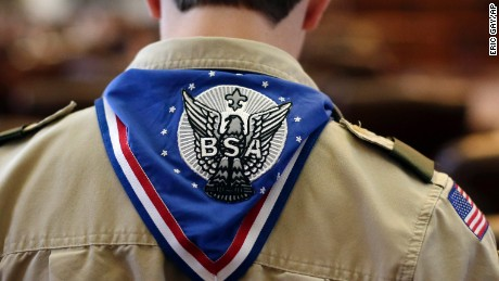 Boy Scouts to allow girls to join