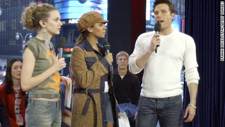 "NEW YORK - FEBRUARY 13:  (U.S. TABS OUT) Actor Ben Affleck appears with VJ's Hilarie Burton and La La on MTV's ""TRL"" at the MTV Times Square Studios February 13, 2003 in New York City.  (Photo by Frank Micelotta/Getty Images)"