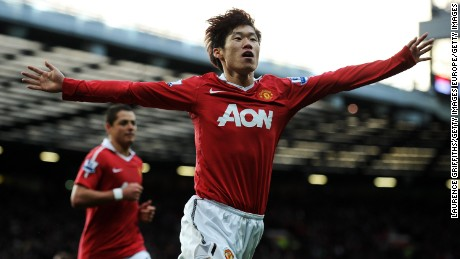 MANCHESTER, ENGLAND - NOVEMBER 06:  Ji-Sung Park of Manchester United celebrates scoring the opening goal during the Barclays Premier League match between Manchester United and Wolverhampton Wanderers at Old Trafford on November 6, 2010 in Manchester, England.  (Photo by Laurence Griffiths/Getty Images)