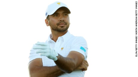 JERSEY CITY, NJ - SEPTEMBER 28:  Jason Day of Australia and the International Team recats on the 18th hole during Thursday foursome matches of the Presidents Cup at Liberty National Golf Club on September 28, 2017 in Jersey City, New Jersey.  (Photo by Elsa/Getty Images)