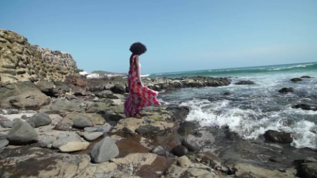 African Voices One woman's quest to make the world her runway C_00063616