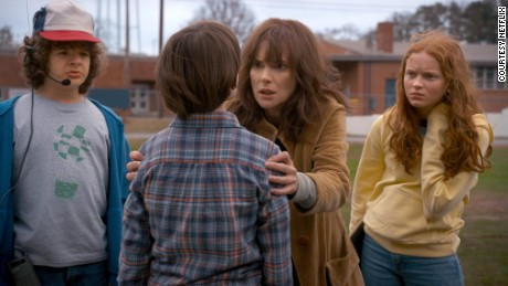 Winona Ryder (center) in 'Stranger Things 2'