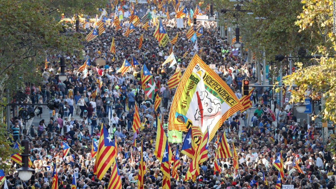Catalonia crisis: Rajoy wants leaders removed
