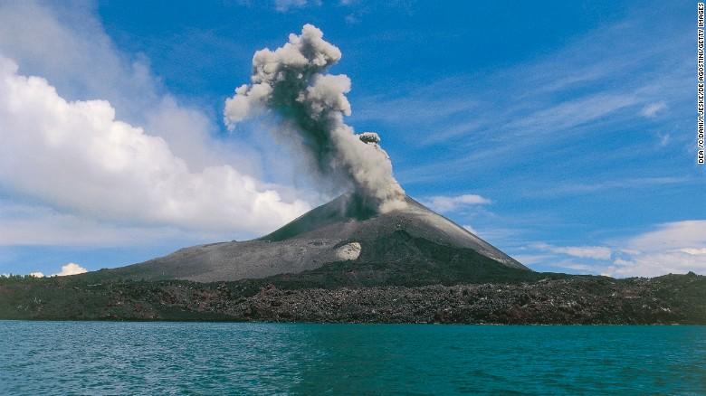 L'effetto di iniettare aerosol nella stratosfera può essere previsto studiando i vulcani, che pompano anche piccole particelle nell'atmosfera terrestre.