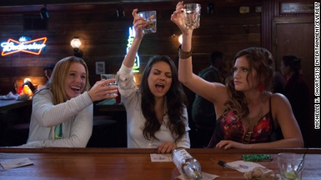 BAD MOMS, from left: Kristen Bell, Mila Kunis, Kathryn Hahn, 2016. ph: Michelle K. Short / © STX Entertainment / courtesy Everett Collection
