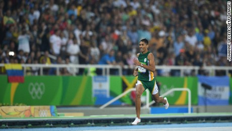 Injury ends van Niekerk's Gold Coast hopes