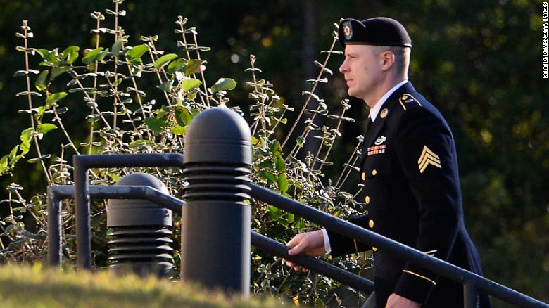 Donald Trump calls judge's decision not to jail Bowe Bergdahl a 'disgrace'