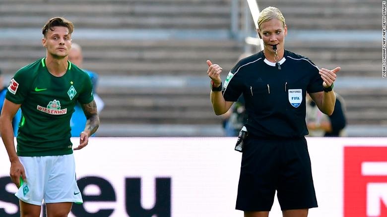 Referee Stephanie Frappart praised for Super Cup performance on social media