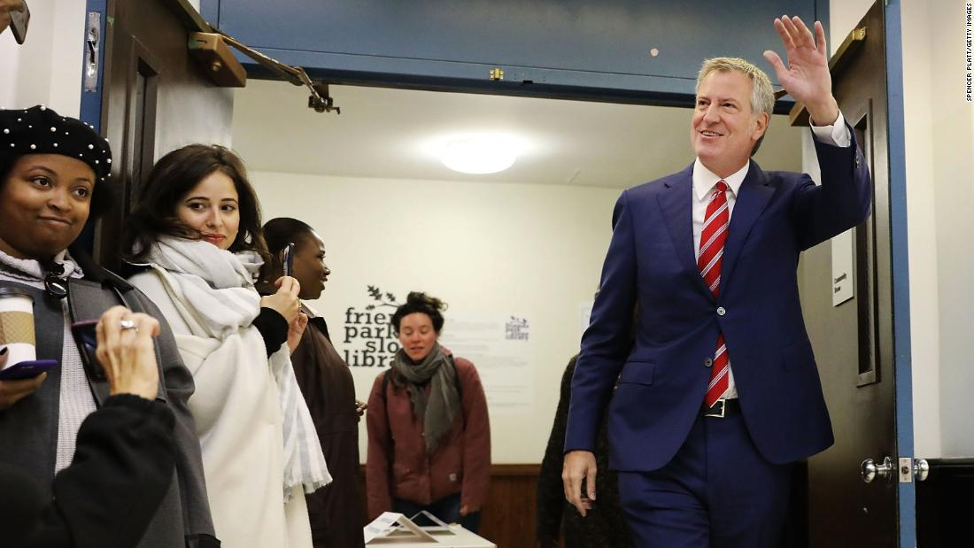 De Blasio re-elected in victory for New York City progressives