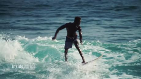 Inside Africa Senegal surfers backs Olympic hopefuls C_00014628