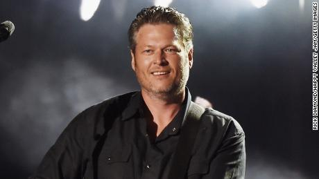 Blake Shelton is following in Garth Brooks' footsteps with his own drive-in concert