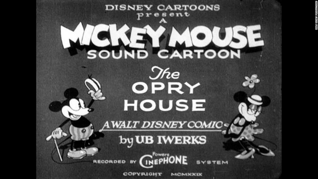 The Opry House in 1929 was the first time Mickey wore white gloves.