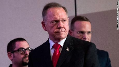 Trump calls Roy Moore to offer his endorsement