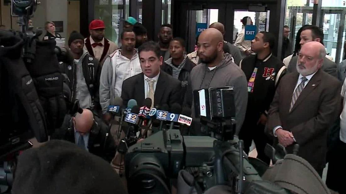15 men exonerated in cases linked to corrupt Chicago cop