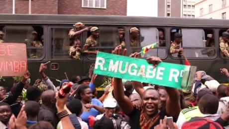 harare crowds call for mugabe to step down mckenzie pkg_00001009.jpg