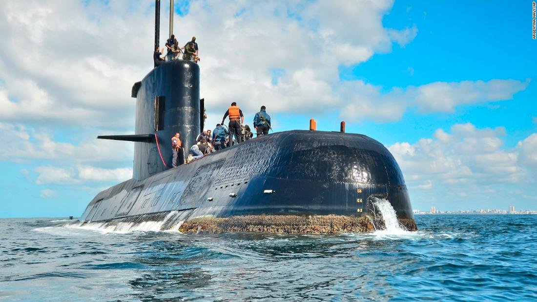 Search for Argentine submarine enters 'critical phase'