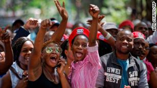 Celebration on Harare streets as Mugabe resigns