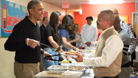 Did Obama Serve Food To Veterans For Thanksgiving