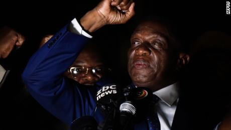 Zimbabwe's former vice president returns