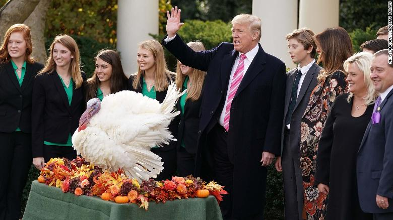 What the turkey pardon says about Trump's transition