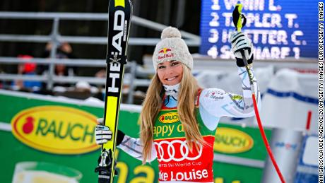 LAKE LOUISE, CANADA - DECEMBER 06: (FRANCE OUT) Lindsey Vonn of the USA takes 1st place during the Audi FIS Alpine Ski World Cup Women's Super G on December 06, 2015 in Lake Louise, Alberta, Canada. (Photo by Alain Grosclaude/Agence Zoom/Getty Images)