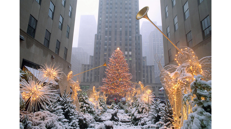 2018 Rockefeller Tree Lights Up New York Cnn Travel