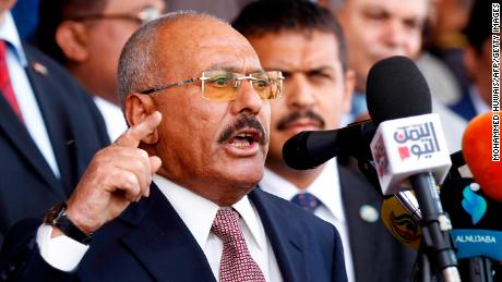 Yemen's former President Ali Abdullah Saleh killed trying to flee Sanaa