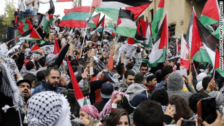Hundreds protest outside the US embassy in Beirut on Sunday.