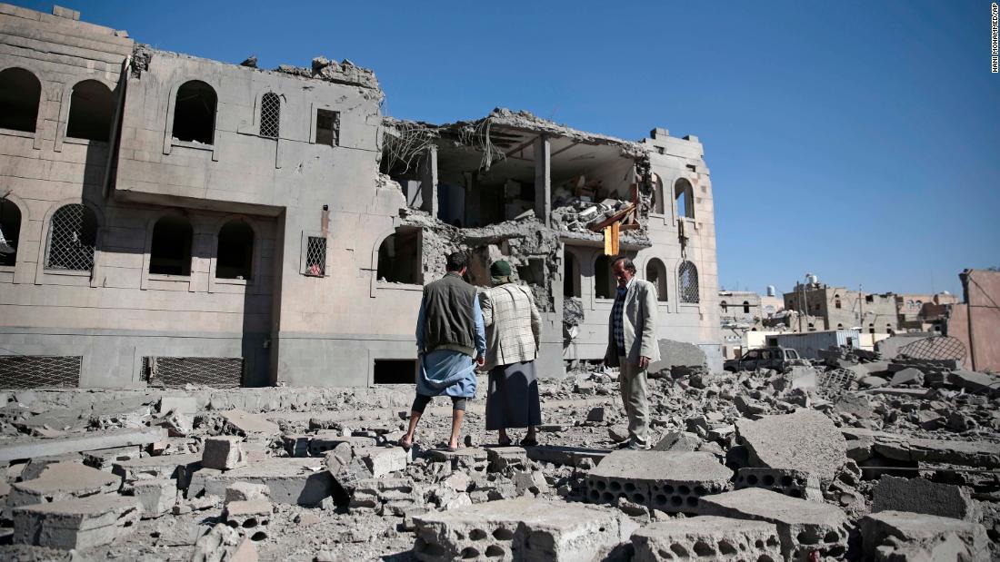 At least 35 killed in Yemen airstrikes