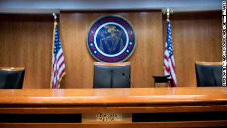 FCC chairman: Hawaii lacked 'reasonable safeguards'
