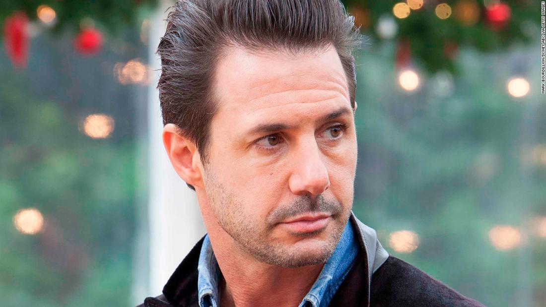 'Great American Baking Show' pulled amid Johnny Iuzzini allegations