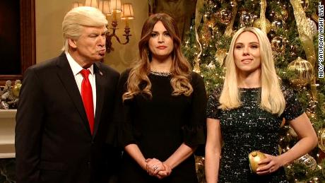'SNL': Trump trims Christmas tree with 'losers'