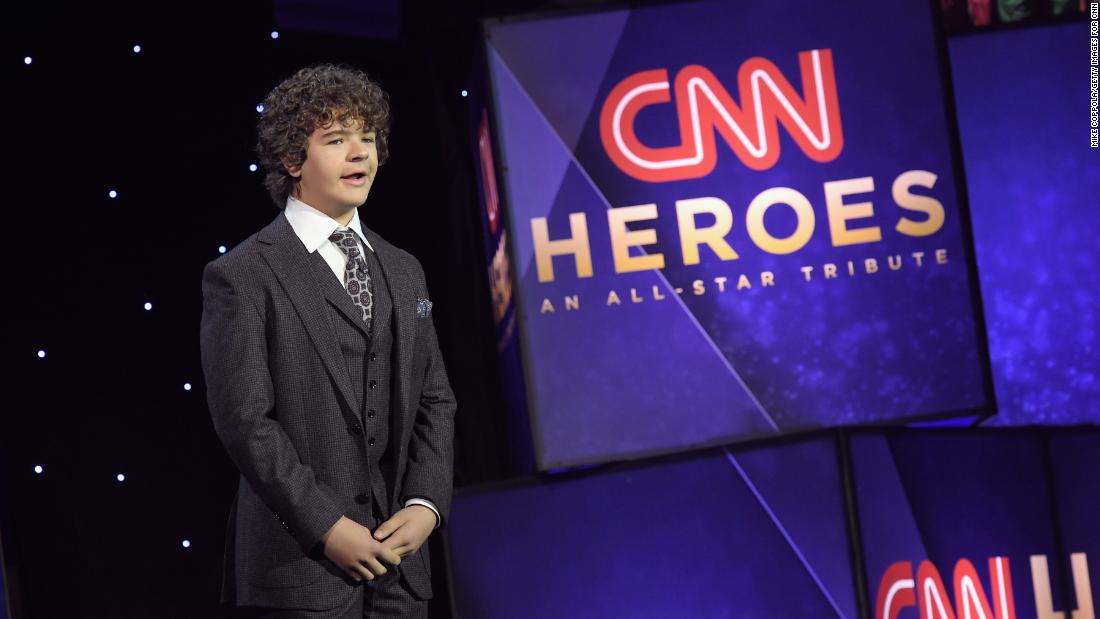 """Stranger Things"" star Gaten Matarazzo introduces 2017 Young Wonder Sidney Keys III."