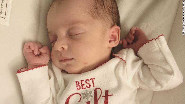 Зембріона, замороженого у1992-му, народилася дитина: неймовірний випадок