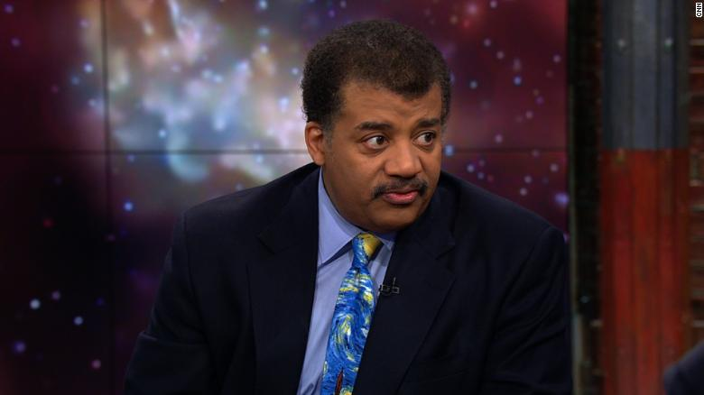 Neil deGrasse Tyson gives take on UFO video