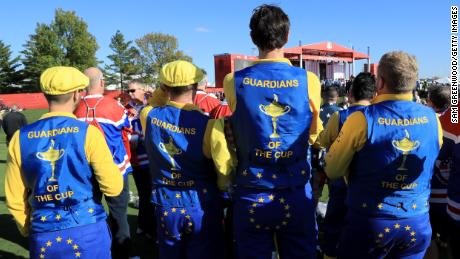 Fans getting into the 'blue and gold' Ryder Cup spirit at Hazeltine in 2016
