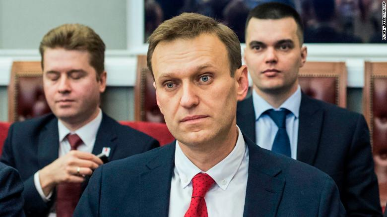 Putin critic Navalny takes message to YouTube