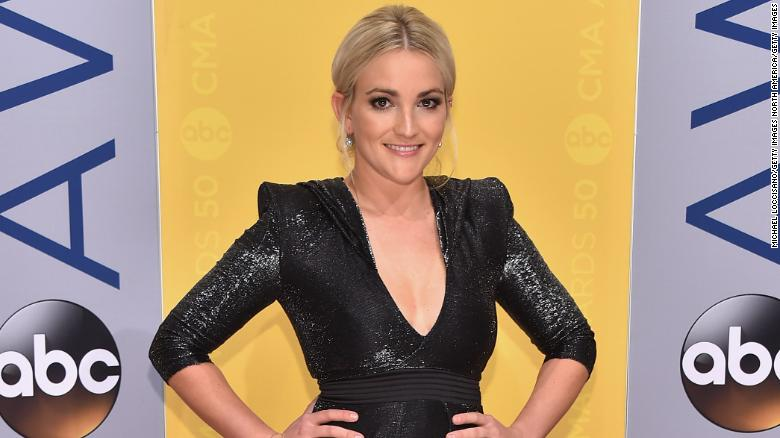 Jamie Lynn Spears drops new 'Zoey 101' theme song