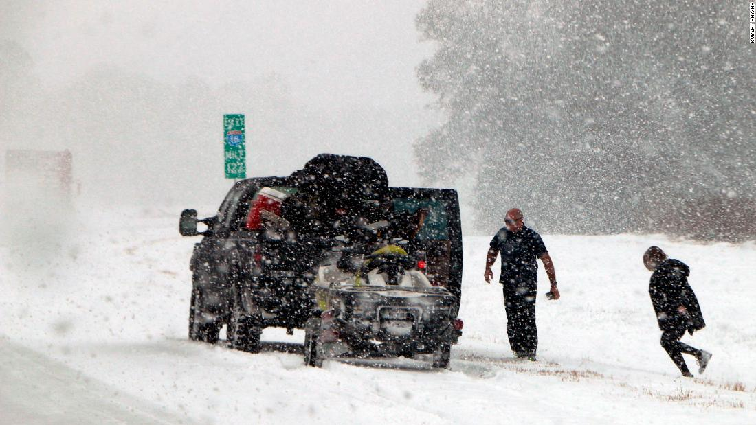 Massive winter storm set to slam Northeast with heavy snow, strong winds