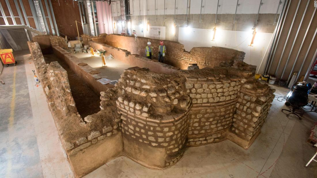 A team of archaeologists, stone masons, conservators and designers sampled mortar from mid third century Roman buildings in London to make a mix of mortars to reassemble the temple as faithfully as possible. They even made a resin cast of real Roman mud obtained during the excavation, to recreate the ruin's mud floor. The reconstruction took 18 months to build.