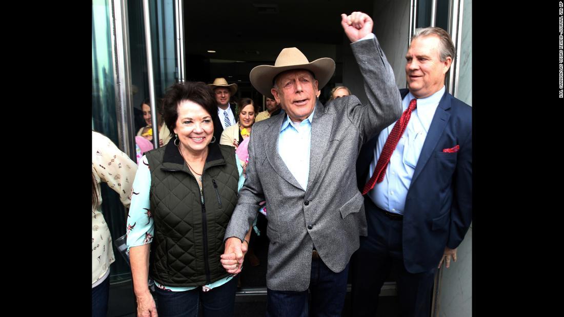 "Cliven Bundy walks out of a federal court in Las Vegas with his wife, Carol, on Monday, January 8. A federal judge <a href=""http://www.cnn.com/2018/01/08/us/cliven-bundy-charges-dismissed/index.html"" target=""_blank"">dismissed a case against the rancher</a> that stemmed from an armed standoff with federal authorities four years ago, according to court papers."