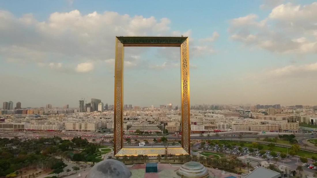 dubai frame emirate 39 s latest mega strutcure opens cnn style. Black Bedroom Furniture Sets. Home Design Ideas