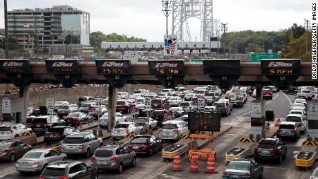 Supreme Court throws out convictions of New Jersey officials in Bridgegate scandal
