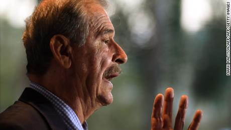 Former Mexican president Vincente Fox speaks to the press before giving his address to World Affairs Council at the Intercontinental Hotel in Los Angeles, California on September 27, 2017.  / AFP PHOTO / Mark RALSTON        (Photo credit should read MARK RALSTON/AFP/Getty Images)