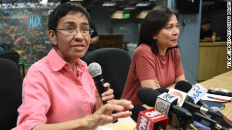 Rappler's Maria Ressa and Chay Hofilena at a January news briefing.