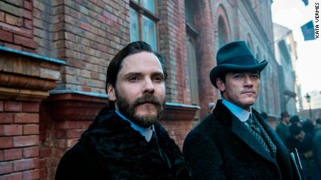 Daniel Bruhl, Luke Evans in 'The Alienist'